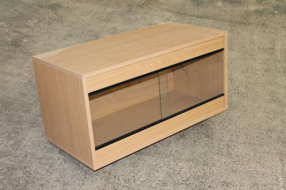 60cm x 60cm x 37.5cm  (24x24x15) Flat Packed Vivarium 2ft